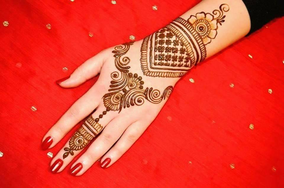back hand design for mehndi