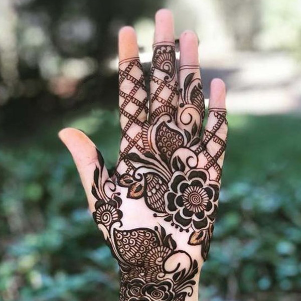 complete palm and fingers mehndi