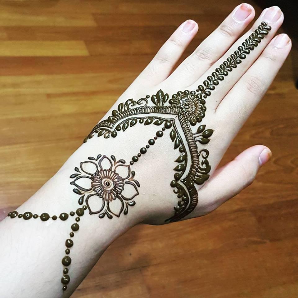 simple flower mehndi designs for hands
